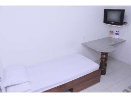 Hotel Olympic Semarang - Twin Room