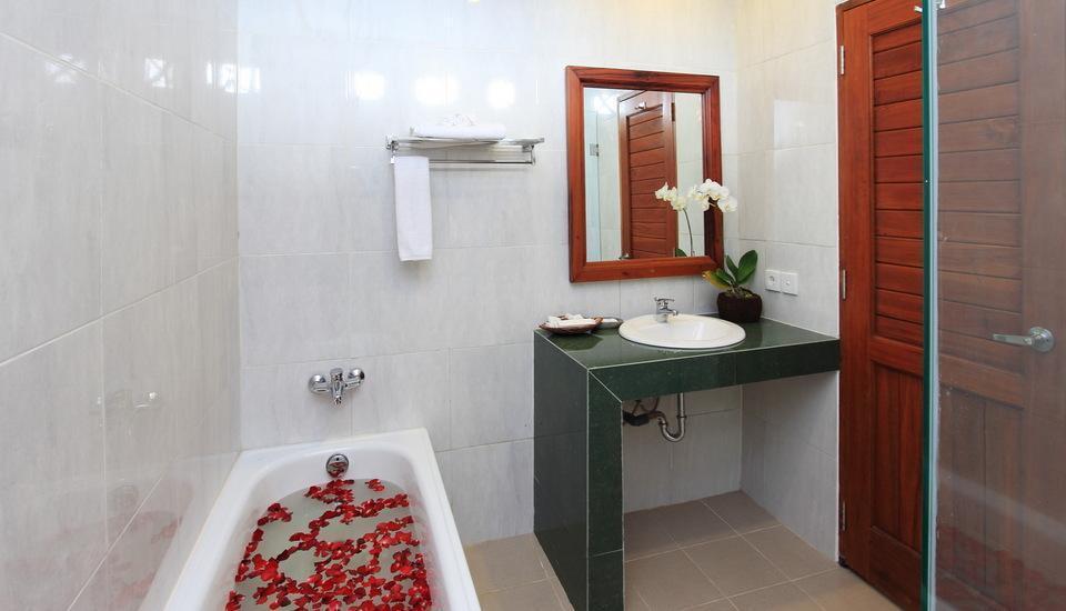 Bhuwana Ubud Hotel Bali - Kamar mandi