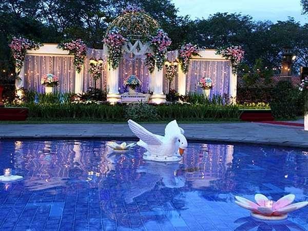 Singgasana hotel surabaya booking murah mulai 0 for Dekorasi party di hotel