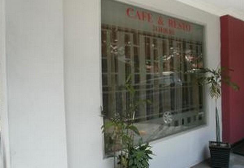 ZUZU Hotel Feodora Hotel - Cafe & Resto