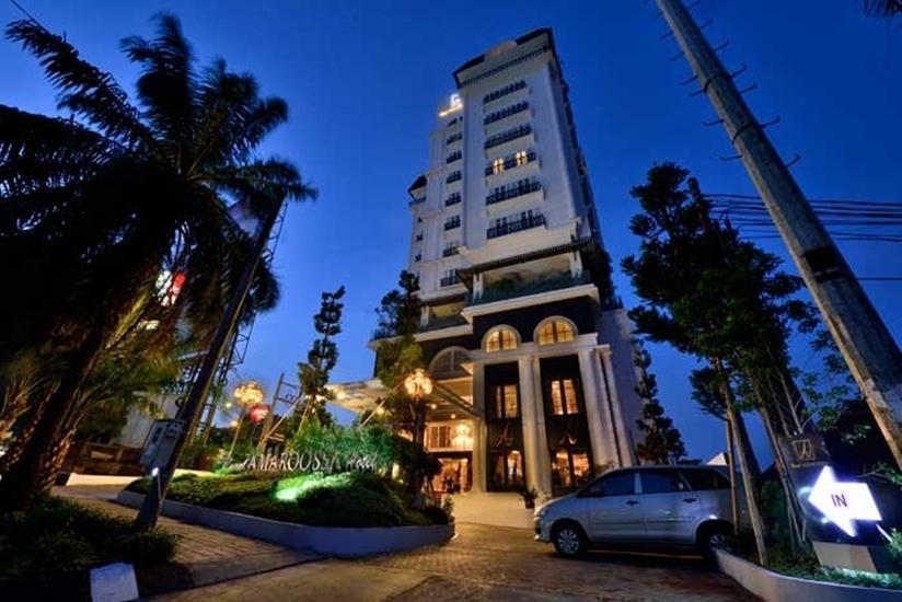Hotel Amaroossa Bogor - Facade