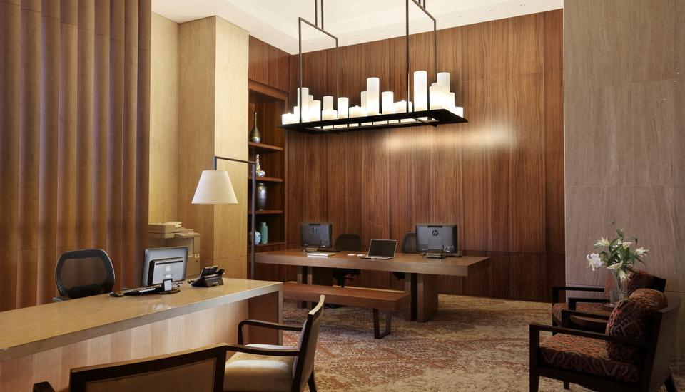 Hotel Tentrem Yogyakarta - Bisnis Center