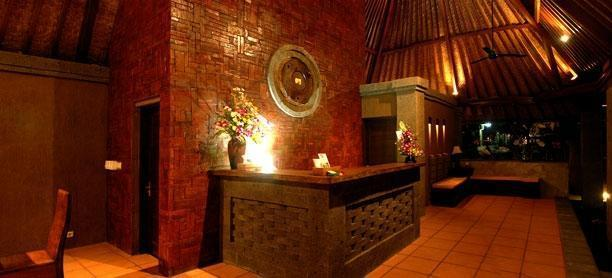 Tunjung Mas Bungalow Bali - Receptionist