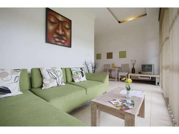 The Studio Bali - Suite Living Area