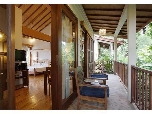 The Studio Bali - Budget Villa Balcony