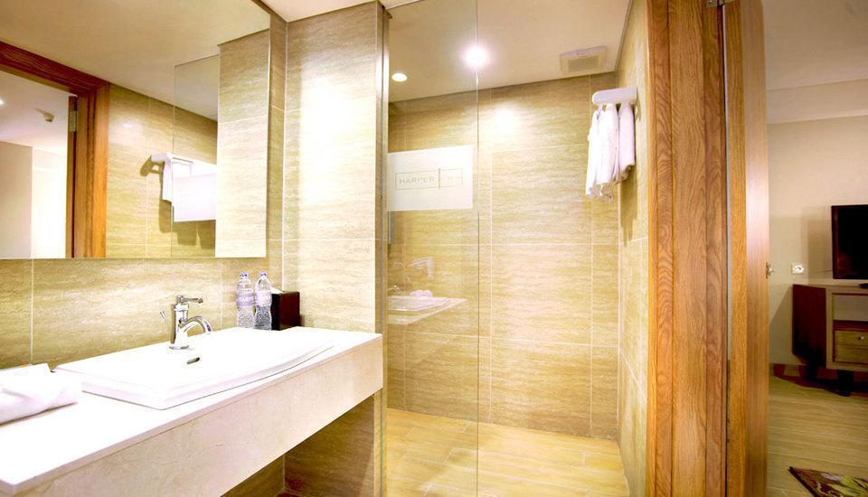 Harper Kuta - Kamar mandi Junior Suite