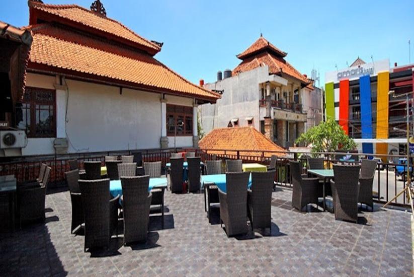 Hotel Royal Tunjung Bali - Outdoor dining