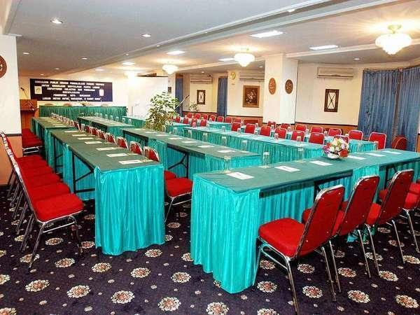 Losari Metro Hotel Makassar - Meeting Room