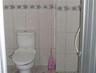 Wisma Mutiara Padang - Toilet