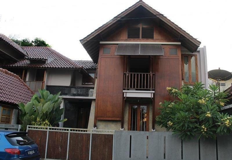 Tegal Panggung Guest House Yogyakarta - Exterior