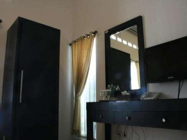 The Sriwijaya Hotel Padang - Room Facility