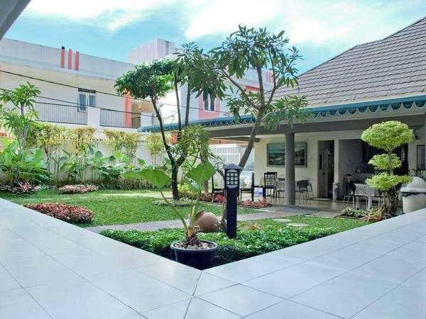 The Sriwijaya Hotel Padang - Around Hotel
