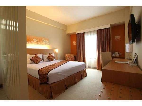 Kartika Graha Hotel Malang - Deluxe Room Special promo