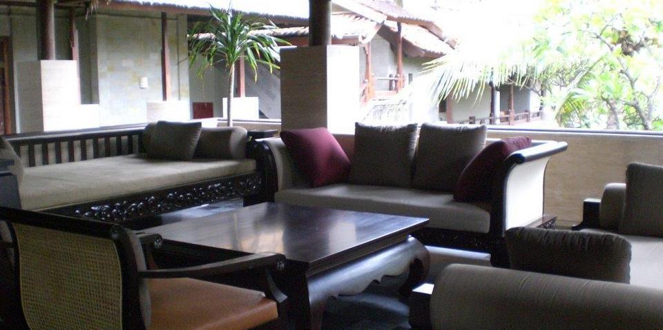 Grand Balisani Suites Bali - Lobby Sofa 1