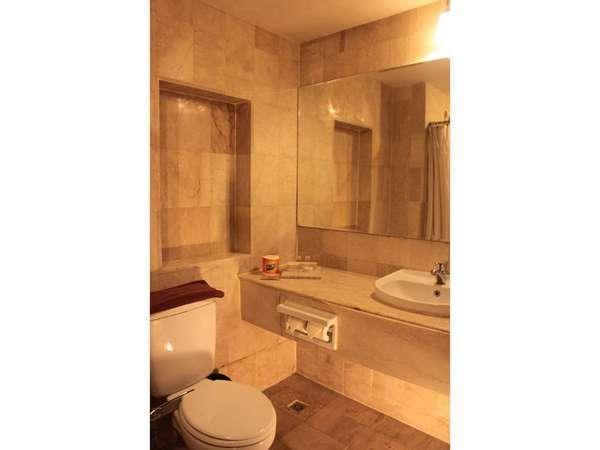 Losari Hotel & Villas Bali - Kamar Mandi