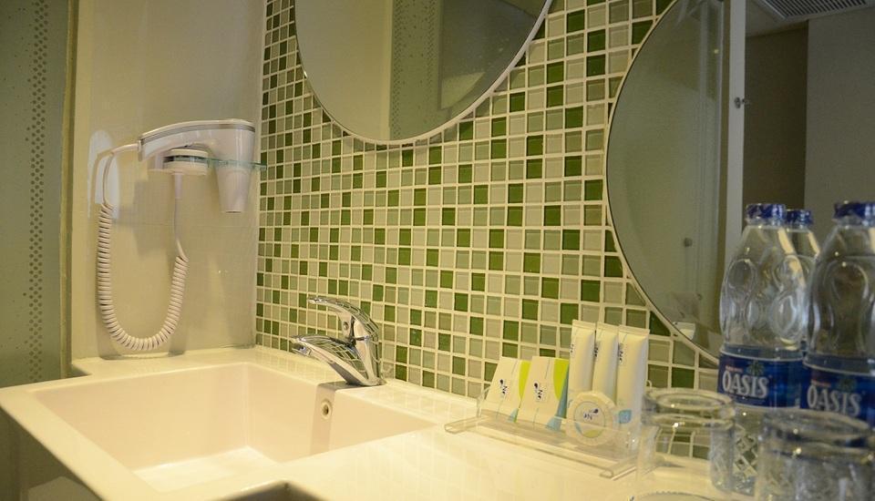 Ion Bali Benoa Bali - Bathroom