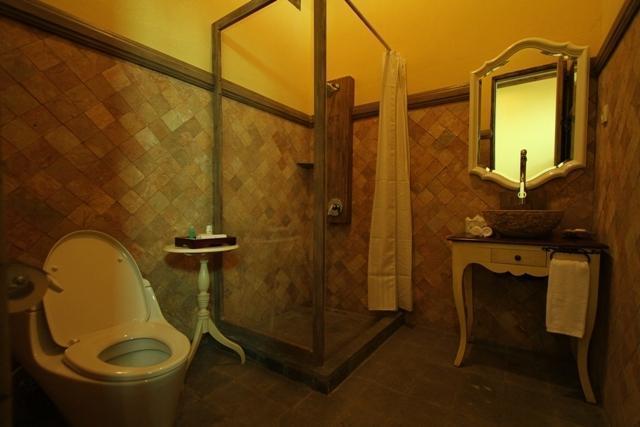 Kayu Arum Resort Salatiga - Superior Bath Room