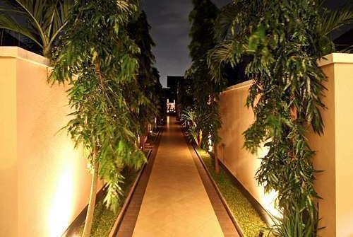Grand Shahzad  Umalas - Private Entrance