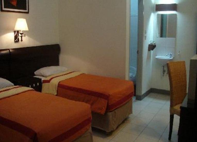 Rumah Asri Bandung - Kamar tamu