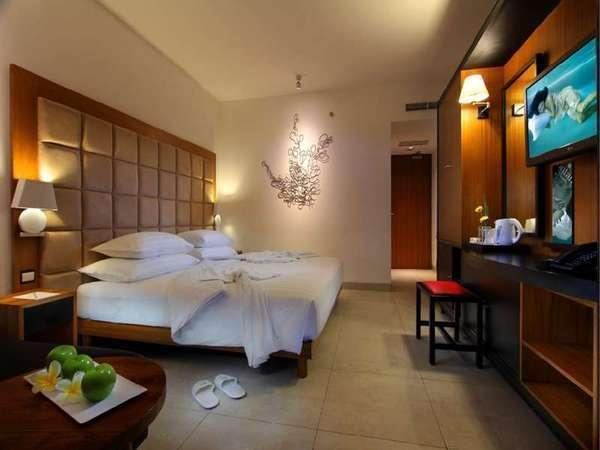 Fontana Hotel Bali - Deluxe Room with Breakfast Last minutes Deal - Save Up