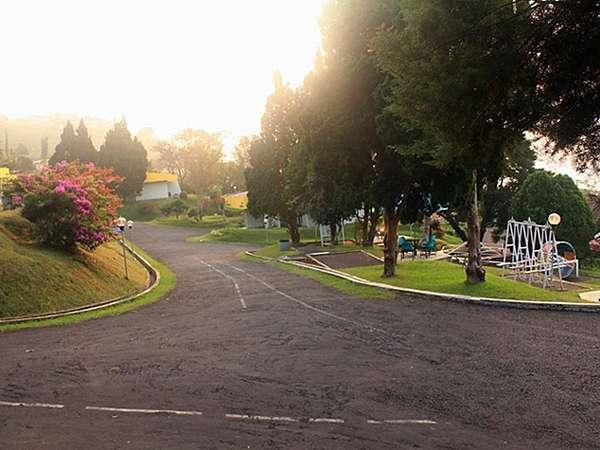 Amanda Hills Hotel Semarang - Jogging Track