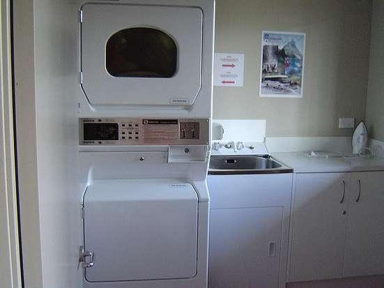 Candi Hotel Medan - Laundry