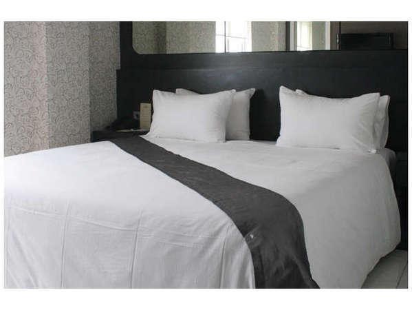 Candi Hotel Medan - Deluxe Room Double
