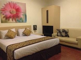 Srikandi Guest House Malang - Junior Suite
