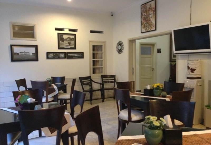 Srikandi Guest House Malang - Resto