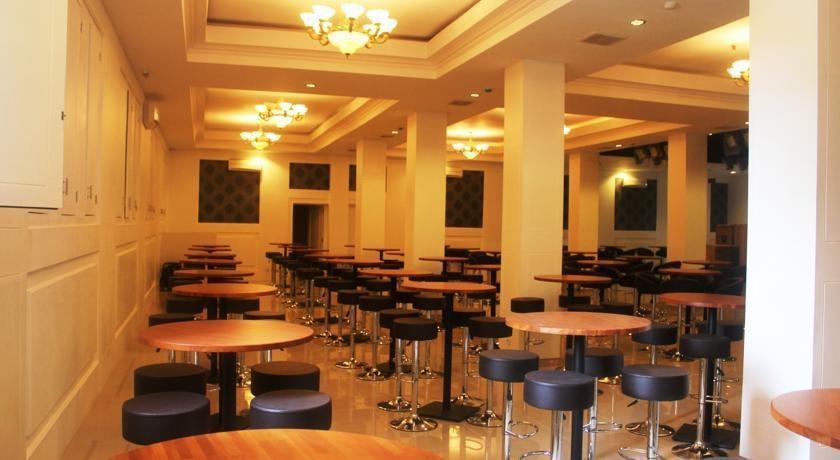 Gran Surya Hotel Bali - Bar