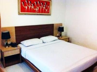 Hotel Riau Bandung - Bedroom