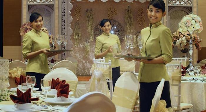 Atria Hotel Malang - Service1