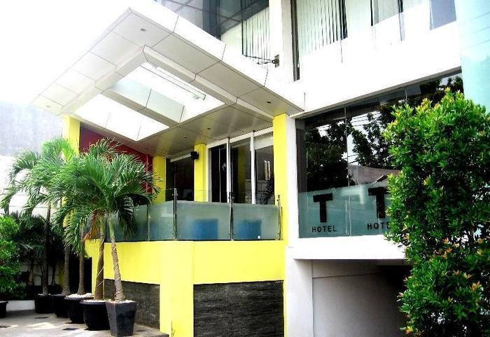 T Hotel Jakarta - Exterior
