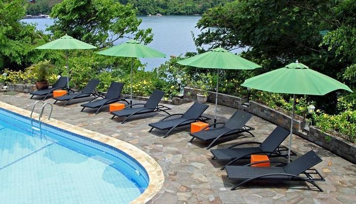 Bastianos Lembeh Manado - Swimming Pool