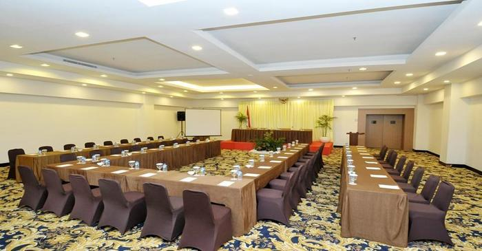 Cavinton Hotel Yogyakarta -