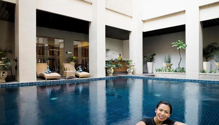 Cavinton Hotel Yogyakarta - SWIMMING POOL