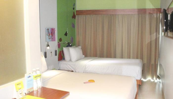 MaxOne Hotel Sabang - Max Happiness Twin
