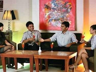 The Aliga Hotel Padang - Lobby
