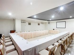 Plaza Hotel Tegal - Meeting Room