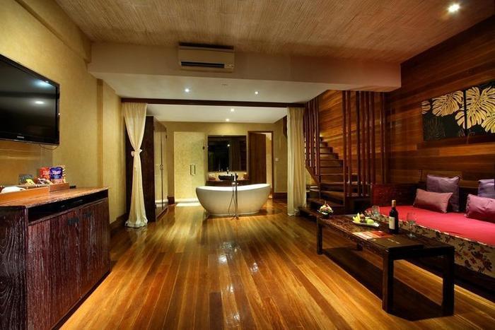 Kupu-Kupu Jimbaran Bali - Muaya Suite Living Room