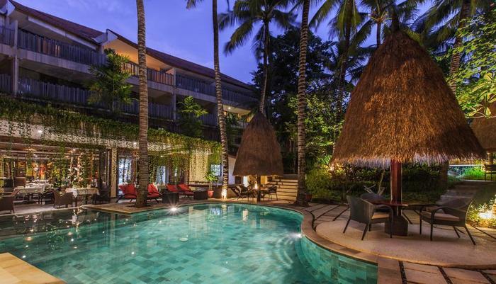 Kupu-Kupu Jimbaran Bali - Main Pool