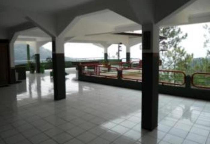 Lie Mas Hotel Pasuruan - Lobi