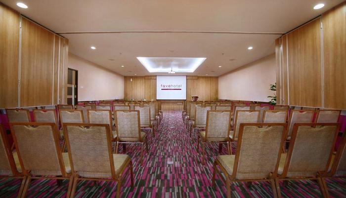 favehotel LTC Glodok - meetingroom