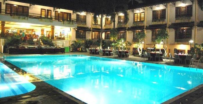 Yogyakarta Plaza Hotel Yogyakarta - Pool