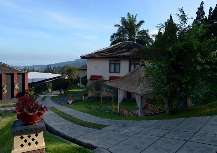 The Jayakarta Cisarua - View