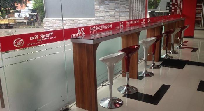 Hotel Bed andBreakfast Surabaya - Business