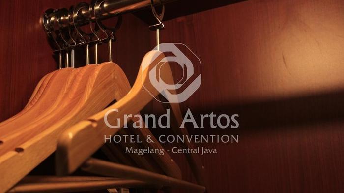 Hotel Grand Artos Magelang - View