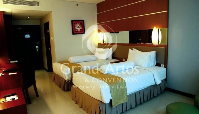 Hotel Grand Artos Magelang - Superior Twin