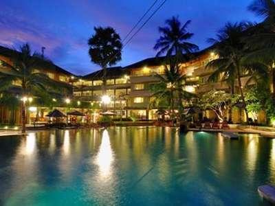 HARRIS Resort Kuta Beach Bali - Poolside at night