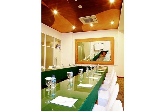 Whiz Hotel Yogyakarta -